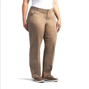 Lee Total Freedom Khaki Pant